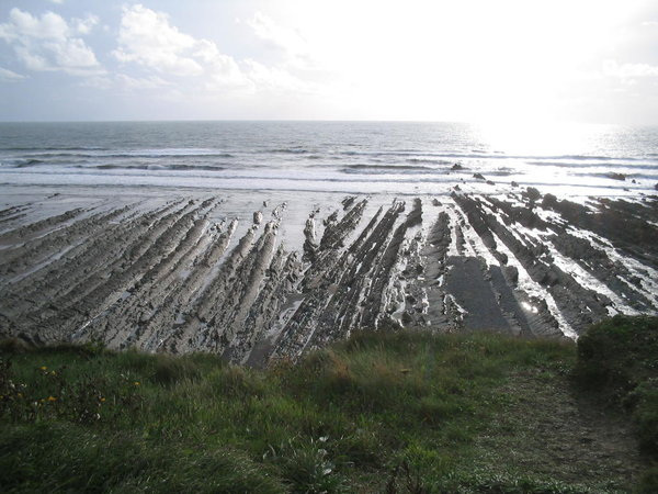 The long ribs of rocks at Welcome Mouth beach
