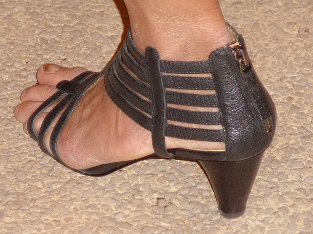 wife in strappy nine west