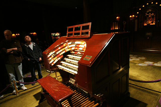 Nethercutt Collection - Wurlitzer Organ (9029)