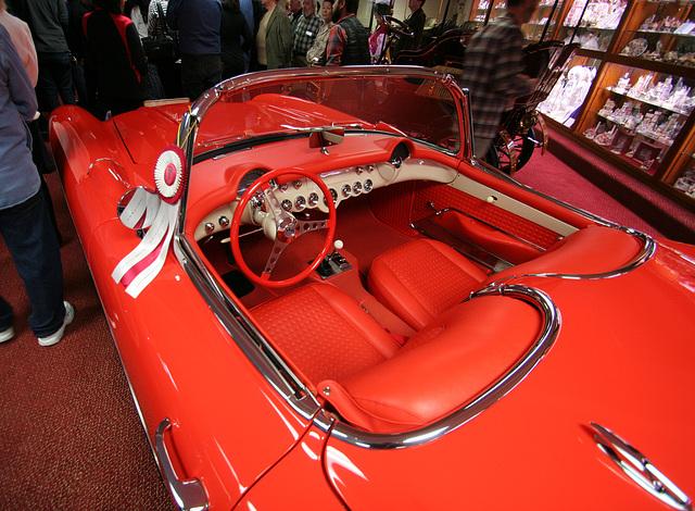 Nethercutt Collection - 1957 Corvette (8924)