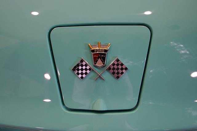 Nethercutt Collection - 1955 Thunderbird (9062)