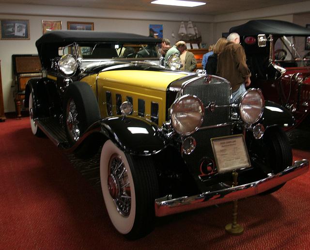 Nethercutt Collection - Cadillac (8913)