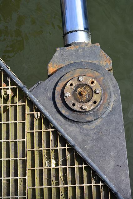 Lock mechanics