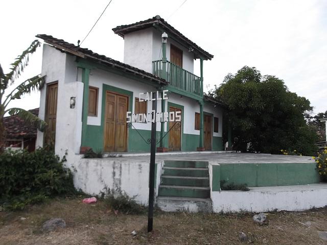 Calle Simon Quiros.