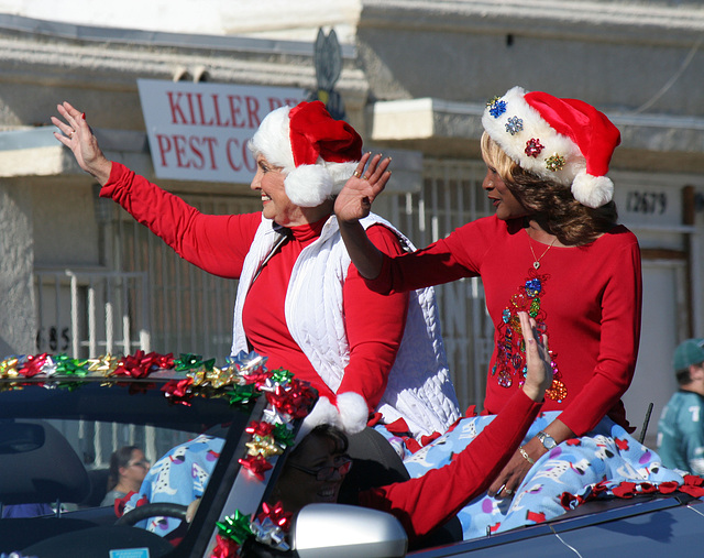 DHS Holiday Parade 2012 - Mayor Parks & Councilmember Pye (7774)