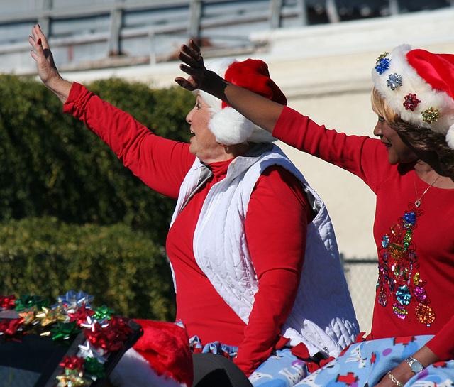 DHS Holiday Parade 2012 - Mayor Parks & Councilmember Pye (7775)