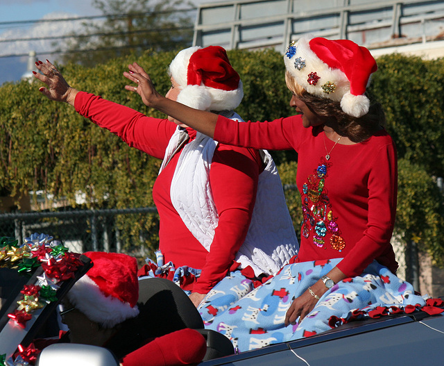 DHS Holiday Parade 2012 - Mayor Parks & Councilmember Pye (7776)