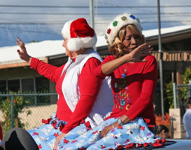 DHS Holiday Parade 2012 - Mayor Parks & Councilmember Pye (7781)
