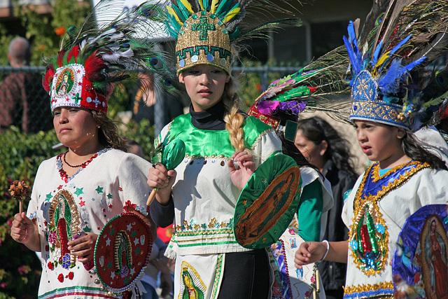 DHS Holiday Parade 2012 - St Elizabeth of Hungary Roman Catholic Church (7853)