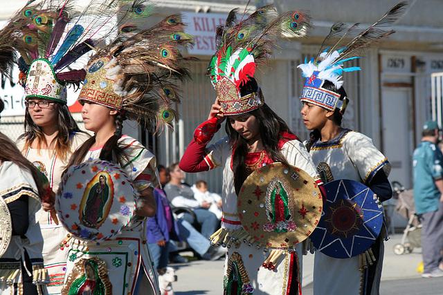 DHS Holiday Parade 2012 - St Elizabeth of Hungary Roman Catholic Church (7855)
