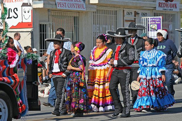 DHS Holiday Parade 2012 (7858)