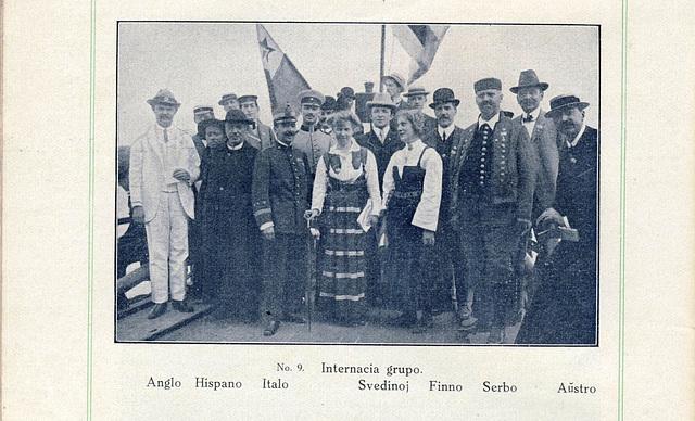 Internacia grupo de gekongresanoj