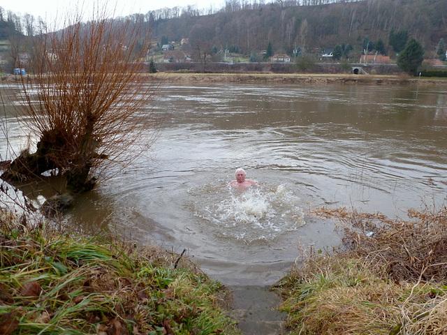 :-) Bad in der Elbe am Neujahrstag 2013 :-)