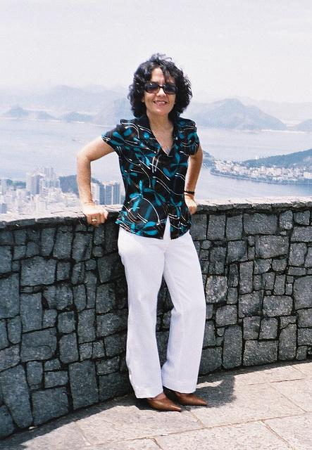 Mon amie / My friend Rita  - 19 novembre 2004  / Recadrage.