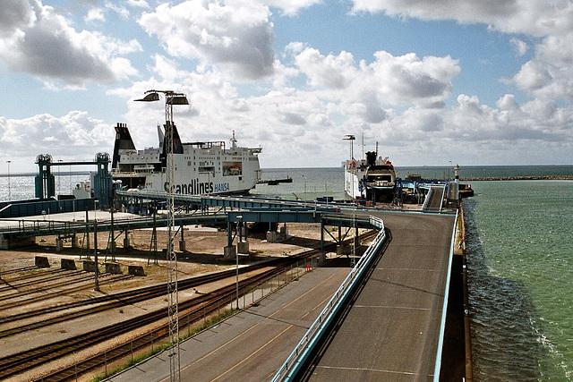 im Fährhafen Trelleborg