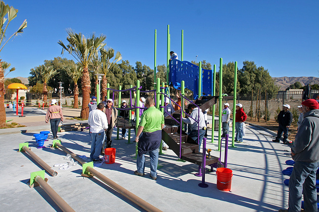 Kaboom Playground Construction (8767)