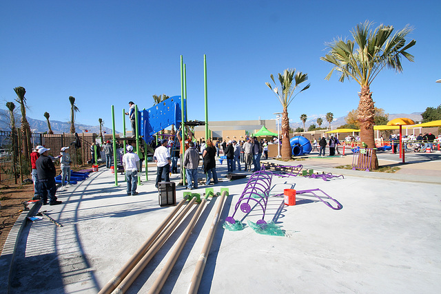 Kaboom Playground Construction (8770)