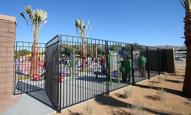 Kaboom Playground Construction (8797)