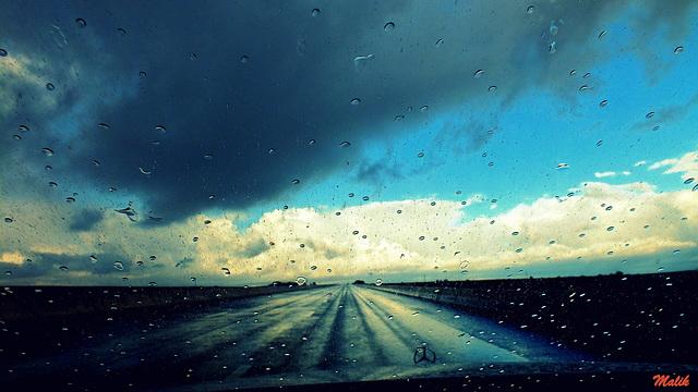 Premières gouttelettes de pluie..!