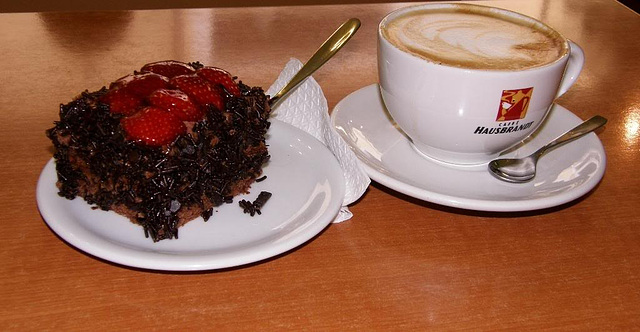 cappucino and cake