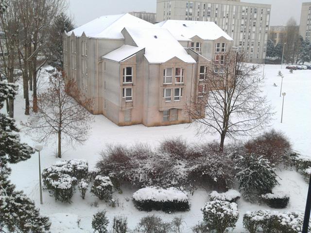 Snow in Compiègne January 2013