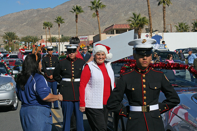 DHS Holiday Parade 2012 (7480)