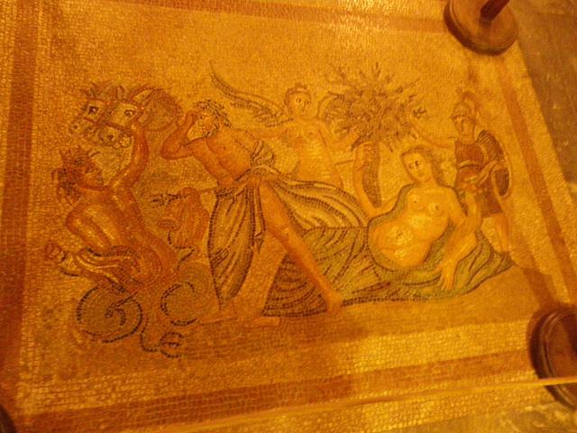 Mosaïque de la pérée rhodienne : scène mythologique