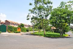 Moderna loĝkvartalo en la supra parto de Kigali