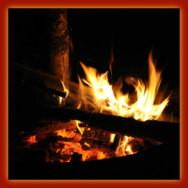 weiße heiße Flammen