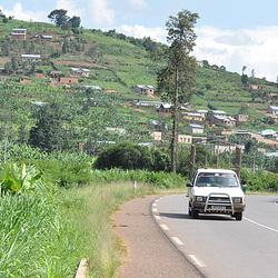 La una Ruanda vilaĝo.