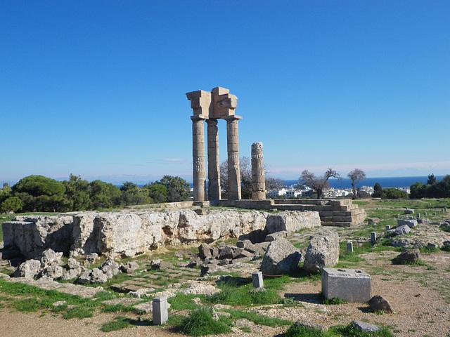 Acropole de Rhodes : temple d'Apollon Rhodien