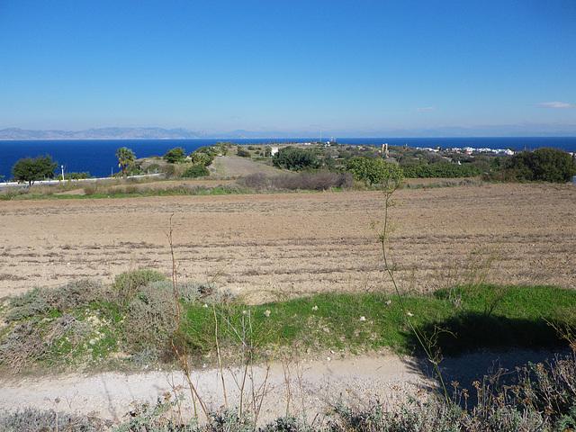 Plateau sommital de l'acropole de Rhodes.