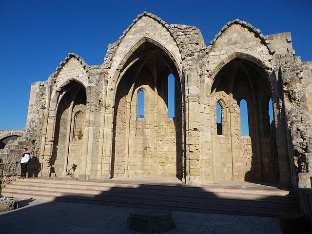 Eglise Sainte-Marie du Bourg : le choeur.