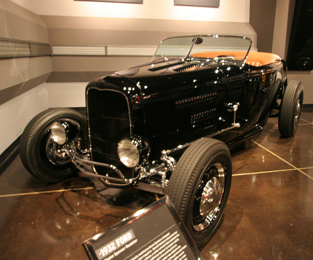 1932 Ford Doane Spencer Roadster - Petersen Automotive Museum (8104)
