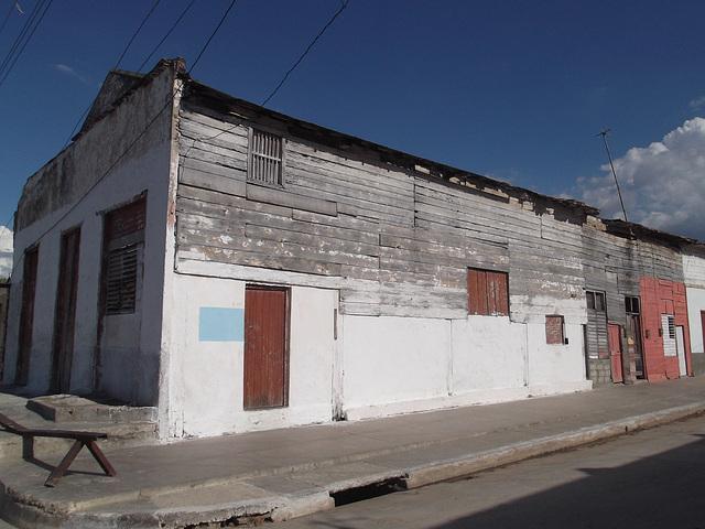 Façade cubaine à la cubana / Fachada cubana - 17 mars 2012.