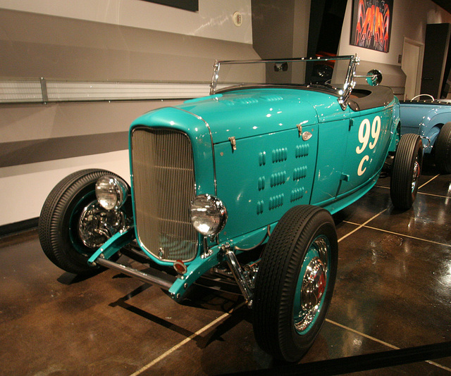 1932 Ford Ray Brown Roadster - Petersen Automotive Museum (8111)