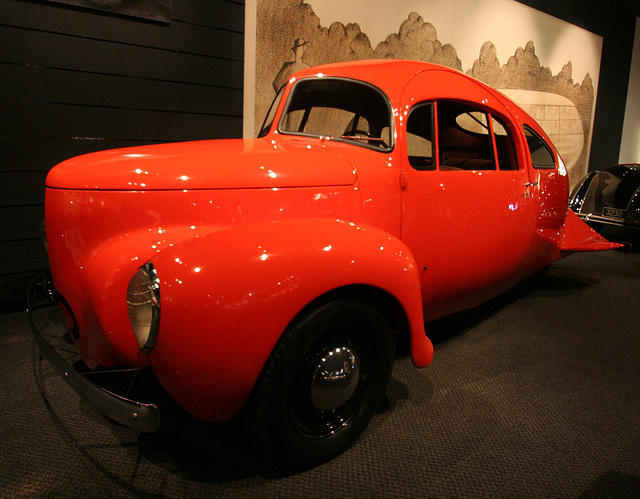 1937 Airomobile - Petersen Automotive Museum (8158)