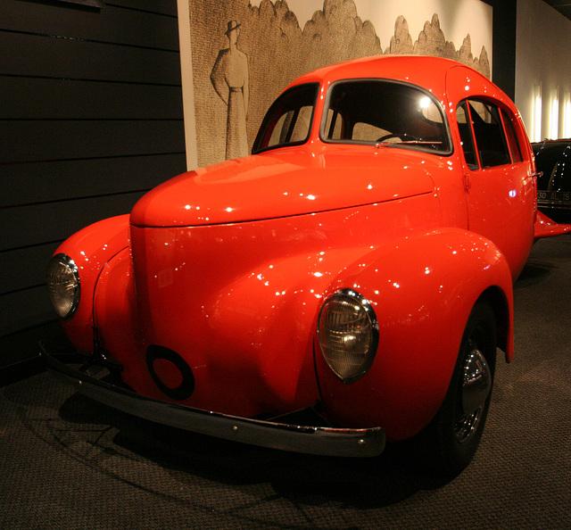 1937 Airomobile - Petersen Automotive Museum (8159)