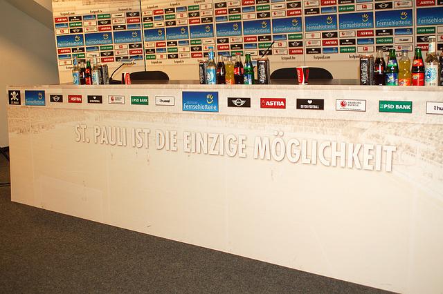 Pressekonferenzraum