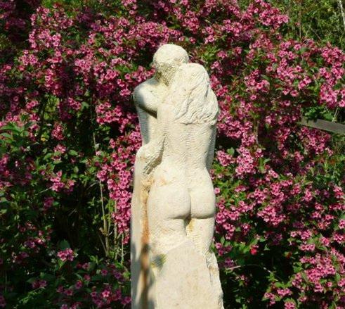 Skulptur - die Liebenden