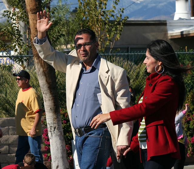 DHS Holiday Parade 2012 - Assemblyman V. Manuel Pérez (7759)