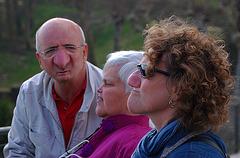 Ribouldingue , Croquignol et Filochard , photo non retouchée , ma femme est au milieu de nos amis