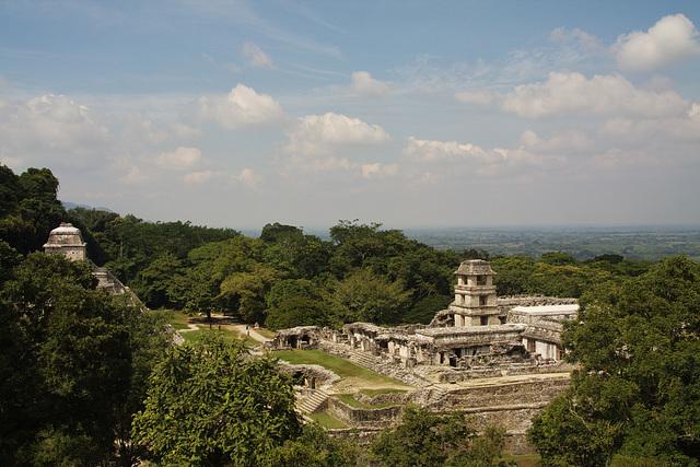 Der Tieflanddschungel von Yucatan am Rande des Berglandes von Chiapas