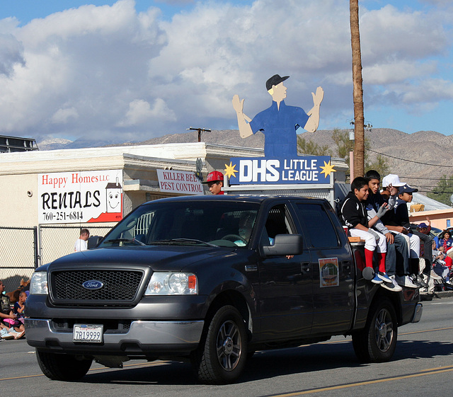 DHS Holiday Parade 2012 (7597)