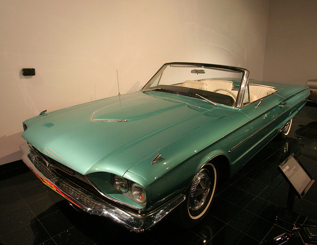 "ipernity: 1966 Ford Thunderbird from ""Thelma & Louise"" - Petersen Automotive Museum (8177) - by ..."