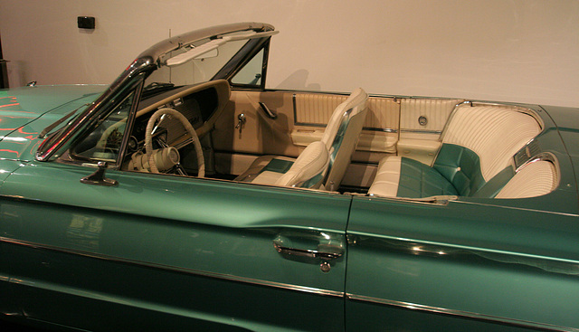 """1966 Ford Thunderbird from """"Thelma & Louise"""" - Petersen Automotive Museum (8179)"""