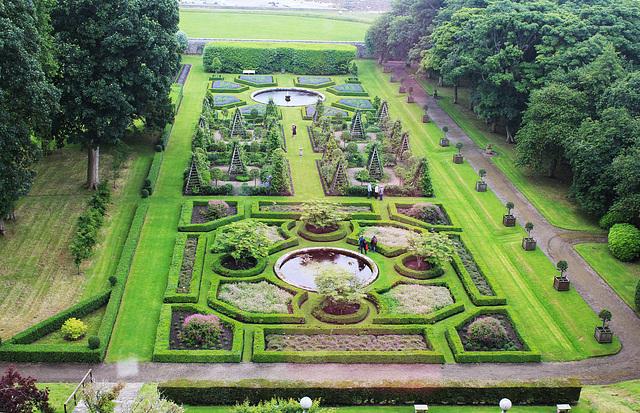Parkausschnitt vom Park von Schloss Dunrobin, Schottland