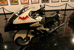 1966 Yamaha YDS-3 Batcycle - Batman film 1966 - Petersen Automotive Museum (8183)