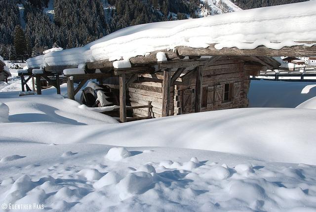 Verschneite Mühle