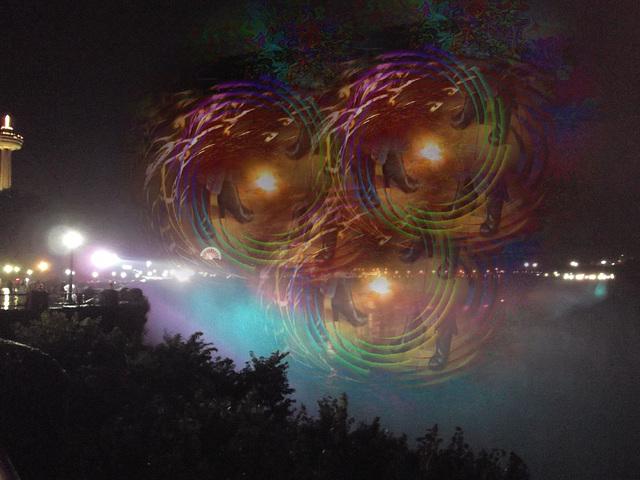 Bruine de chutes nocturnes / Night falls drizzle - Création Krisontème.